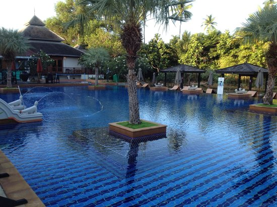 Marriott's Mai Khao Beach: Hotel pool