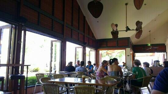 Lazy River Bar & Bistro : nice and relaxed atmosphere