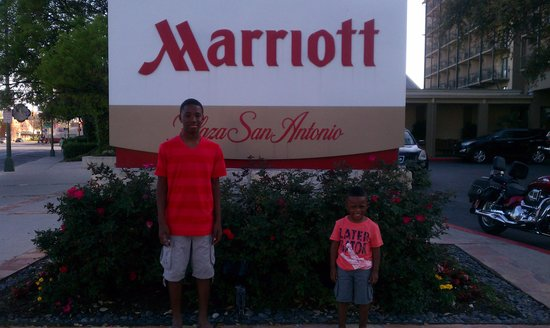 Marriott Plaza San Antonio: Marriott San Antonio Plaza