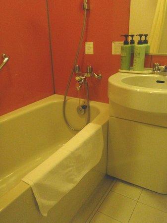 Chisun Inn Fukushima Nishi IC: 清潔感のあるバスルーム