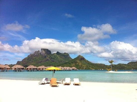 Four Seasons Resort Bora Bora: on the beach