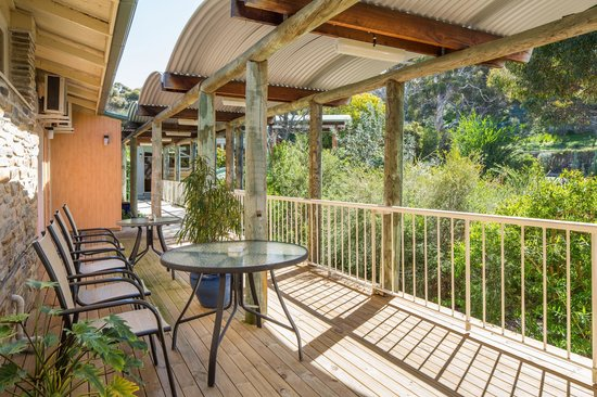 Mercure Kangaroo Island Lodge: Bird attracting plants