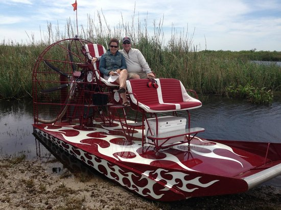 ‪West Palm Beach Airboat Rides‬