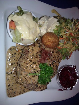 Olive Tree Cafe:                   My dinner