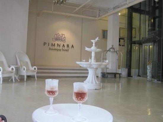 Pimnara Boutique Hotel: チェックイン時のウェルカムドリンク