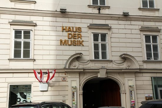 House of music sign picture of haus der musik vienna for House of music