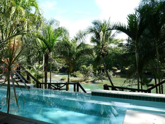 Mahogany Hall Boutique Resort: View from patio