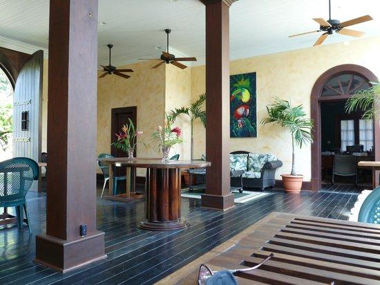 Mahogany Hall Boutique Resort: Dining room