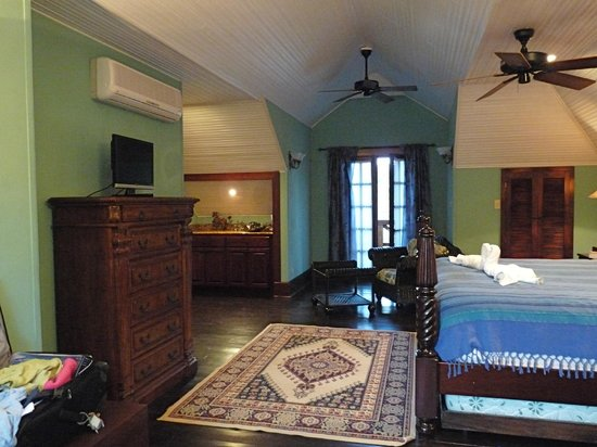 Mahogany Hall Boutique Resort: Luxury suite