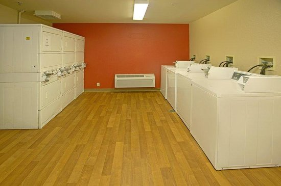 Extended Stay America - Union City - Dyer St.: On-Premise Guest Laundry