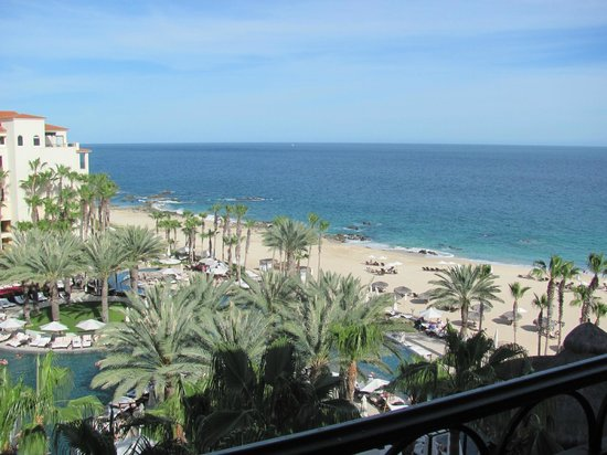 Hilton Los Cabos Beach & Golf Resort: View from our 5th floor room