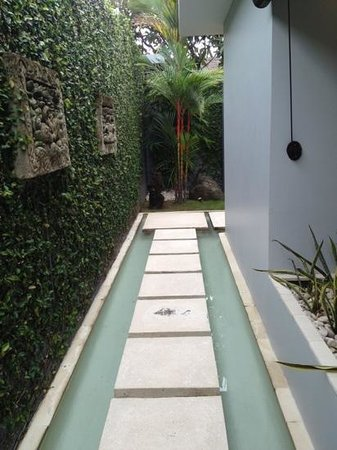 Kembali Villas: an opportunity to practice mindfulness from the front gate!
