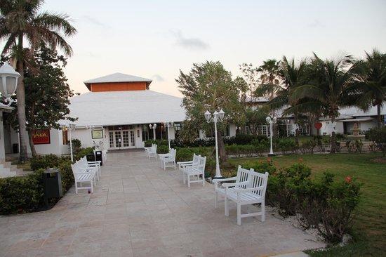 Viva Wyndham Fortuna Beach: entrée du buffet