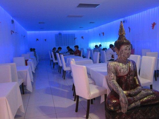 Viva Wyndham Fortuna Beach: restaurant oriental