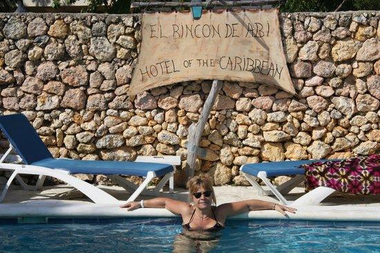 El Rincon De Abi :                   petite piscine agréable