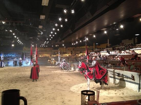 Medieval Times Buena Park: the Red Knight