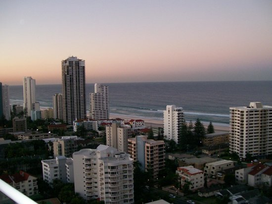 Crowne Plaza Surfers Paradise: Room View