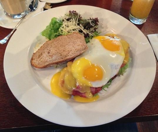 PinWei XinXiLan : breakfast sandwich