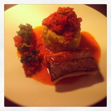 ‪‪The Kilcot Inn‬:                   British sea fish - herb butter mash, ratatouille, curly kale & sun blush tomat‬