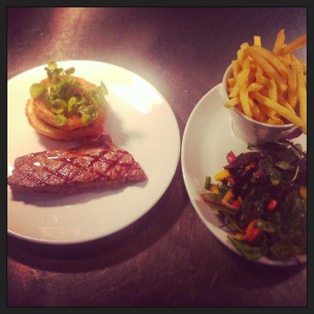 The Kilcot Inn:                   Sirloin steak                 