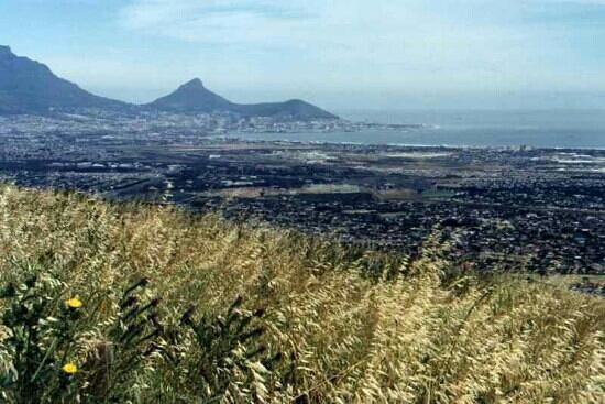 Parow, แอฟริกาใต้:                   Stunning view from Western slopes of Tygerberg Hills