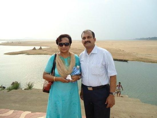 Mahanadi Barrage: With spouse at the site