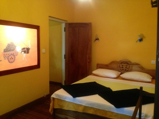 Dream Cafe & Guest House: Dream cafe room
