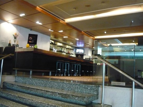 Amara Singapore: Lobby lounge