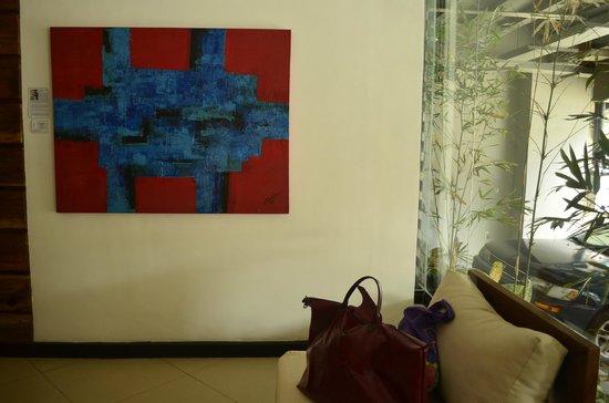 Artina Suites Hotel: Lobby