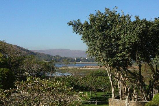 Trident Udaipur: vue sur le lac