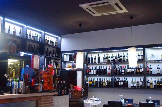 Sala ca'os wine bar