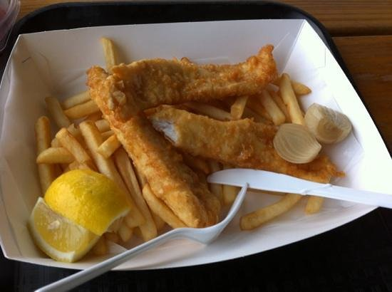 The Squid Shack: yummy fish & chips - not greasy!!!