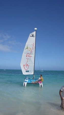 Grand Pineapple Beach Antigua: water sports