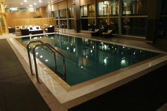Stamford Plaza Auckland: プール。