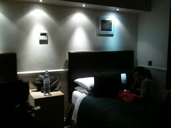 Rhodes Hotel: camera 305