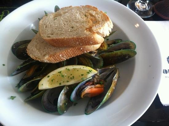 Café Cortado:                   mussels