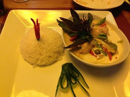 Plattform Restaurants: green curry poulet