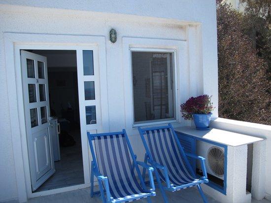 Scirocco Apartments:                   The balcony