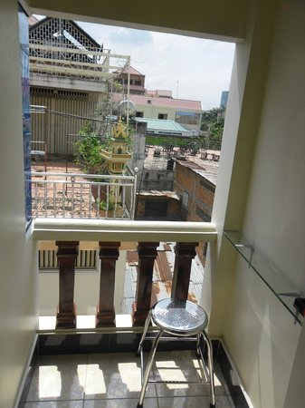 New Castle Guest House: balcony