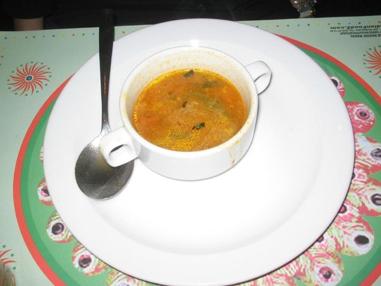 Zainab Roshni Mahal: Spicy soup for starter