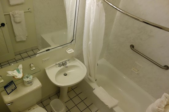 Best Western Pioneer Inn: Bathroom