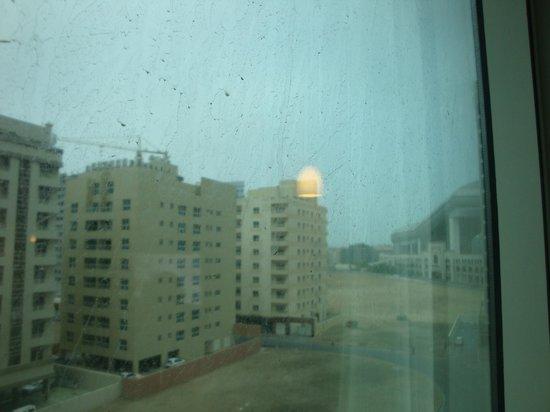 Citymax Al Barsha: vue sur le emirates mall