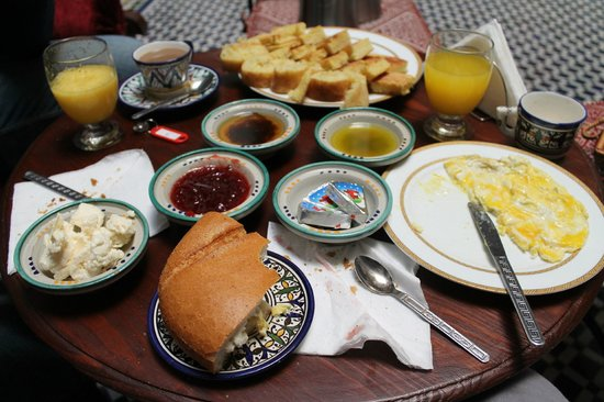 dar labchara : Tasty and filling breakfast