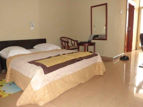 Anita Hotel:                   Hotel room
