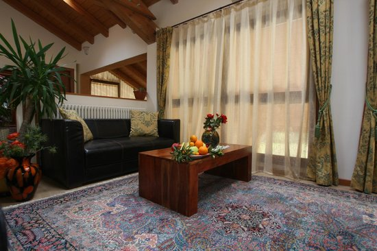 Country House Country Club: sala lettura