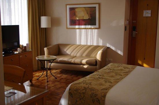 City Garden Hotel Makati: Bedroom