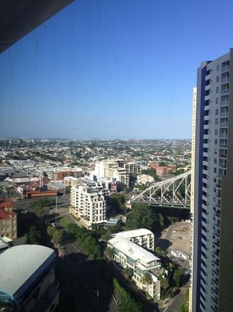 Meriton Serviced Apartments Brisbane on Adelaide Street: view from the 27 floor