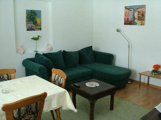 Landhaus Charlotte: Woonkamer appartement