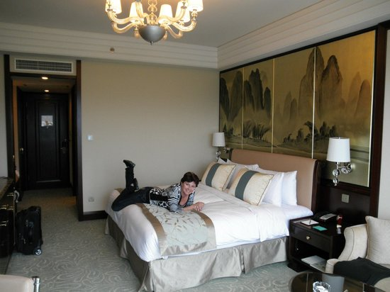Shangri-La Hotel Guilin: Habitacion