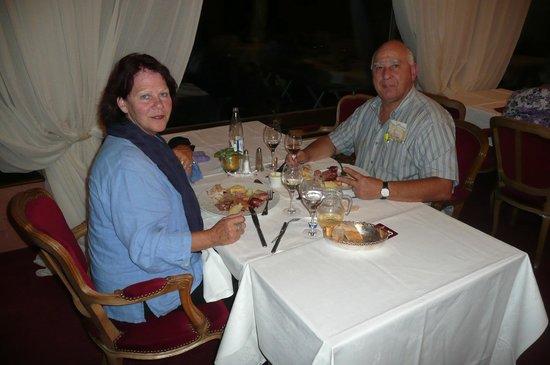 Hotel des Vosges: Déjeuner à la salle à manger